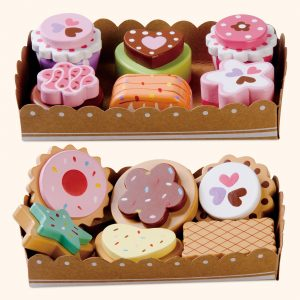 wooden cake play set for Kids