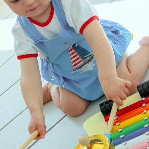 Safe and durable musical toy for 12 months and above